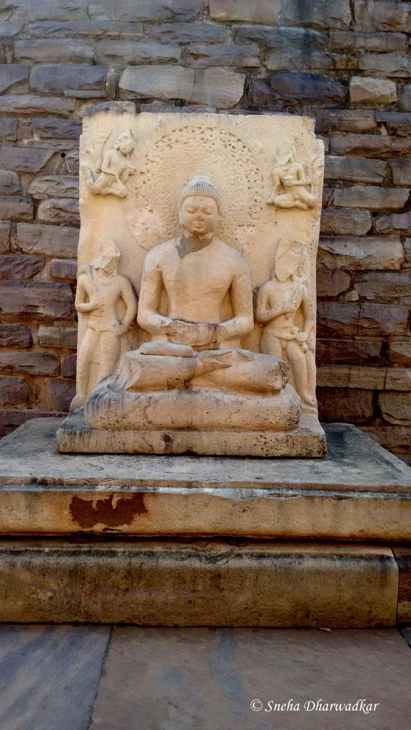 Buddha statue in Stupa 1